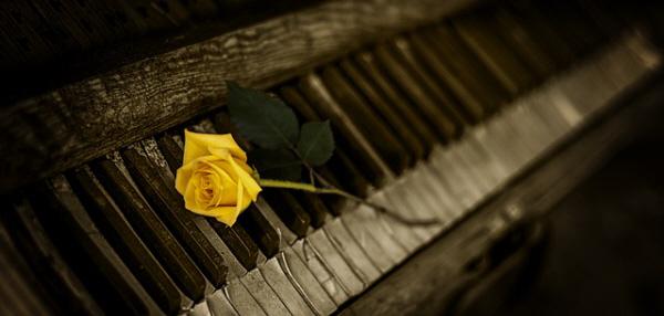 piano-1239729_640.jpg
